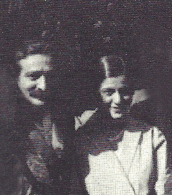Meher Baba with Anita in New York, 1932 ; Courtesy of Lord Meher - Vol.5 p.1634