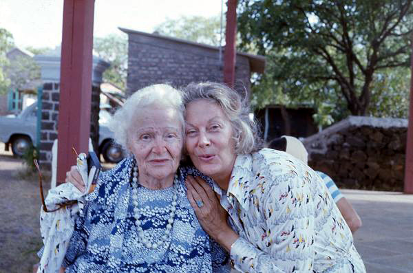 Jane with Elizabeth Patterson at Upper Meherabad, India - Courtesy of Anne E.Giles