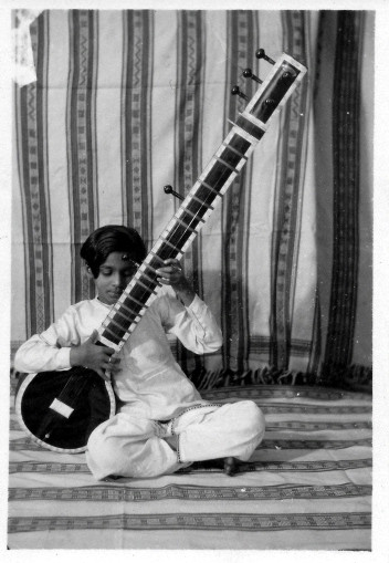 Ravi Shankar - photo taken by Alice Boner