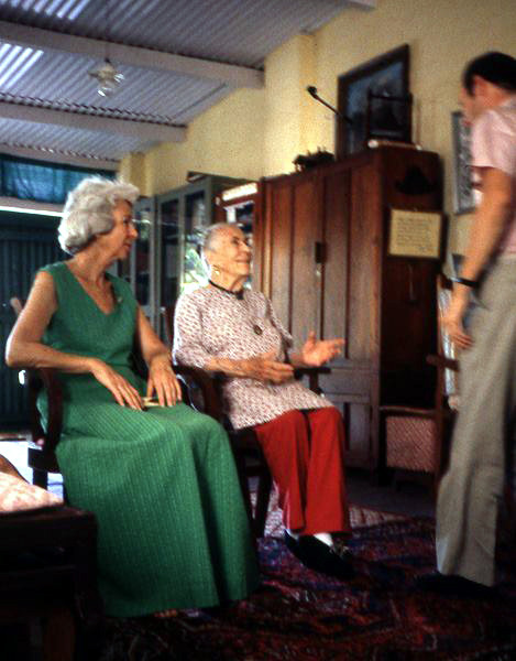 Judith Garbett and Kitty Davy in Mandali Hall, Meherazad, India - Courtesy of Anne Giles