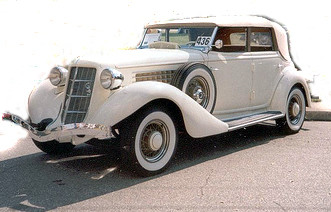 1935 Ford Auburn Deluxe Convertable Sedan