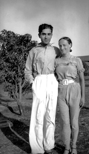 MSI Collection ; India - Margaret with Baba's brother - Adi S Irani