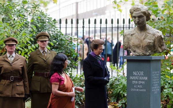 Noor's statue unveiled by The Princess Royal ( Anne ) on the 8th November 2012