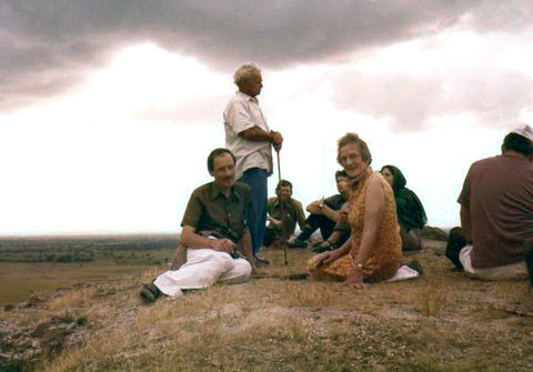 Courtesy of Kelvin & Jill Hobbs - Hilda with her son Anthony, Aloba is standing, on top of Seclusion Hill, India