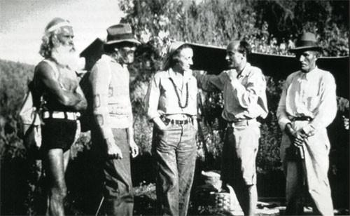 Early June 1932 : L. George Blais, Hugo Seelig, Norina Matchabelli, Meredith Starr, Pete Kosky. Photo courtesy of Dr. R. W. Gerber - The Awakener Magazine