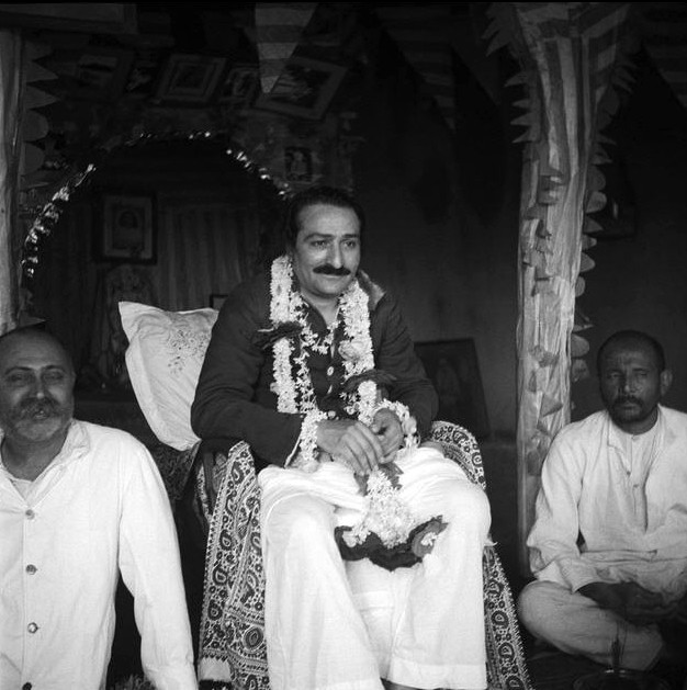 MSI Collection ; 28th August 1938. Gustadji Hansotia is sitting on Meher Baba's left