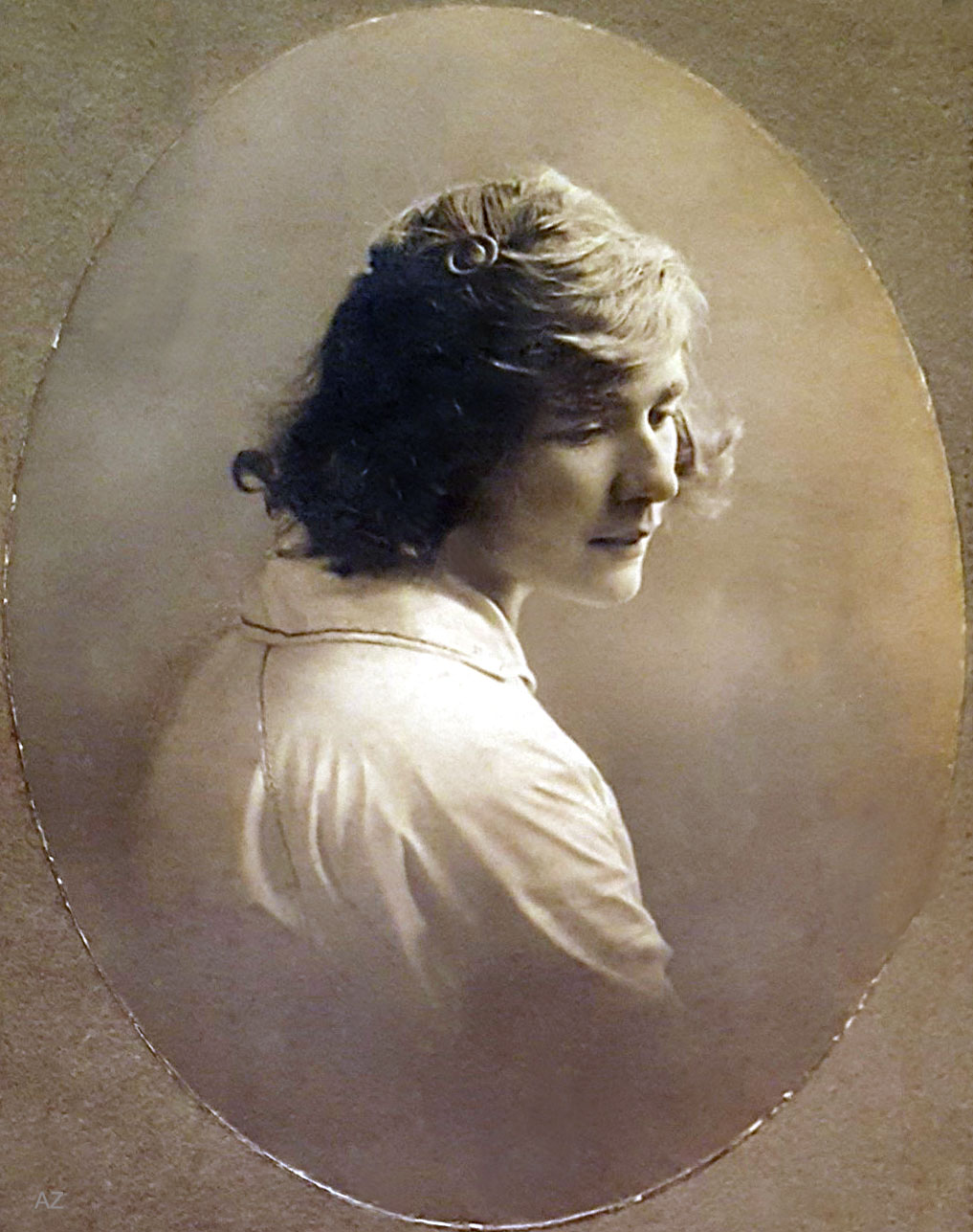 Charles' sister Margarita ( Margaret ) - she later married Meredith Starr