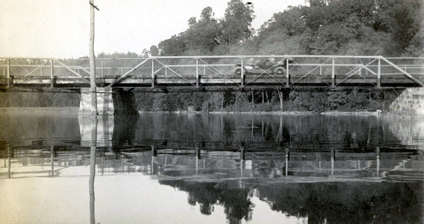 The Van Cortlandt Bridge over the Croton River in 1912.  Courtesy of the Westchester County Historical Society