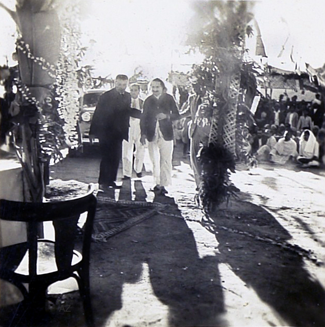 17th December 1939 : Meher Baba arriving to lay the Foundation for the new Centre. Bhyrumshaw D. Jessawala ( Papa ) is assisting Baba, with Kaka Baria following.