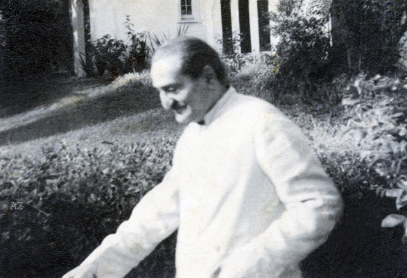 Meher Baba leaving Mrs Hilda Fuchs house during His stay in Southern California in 1956