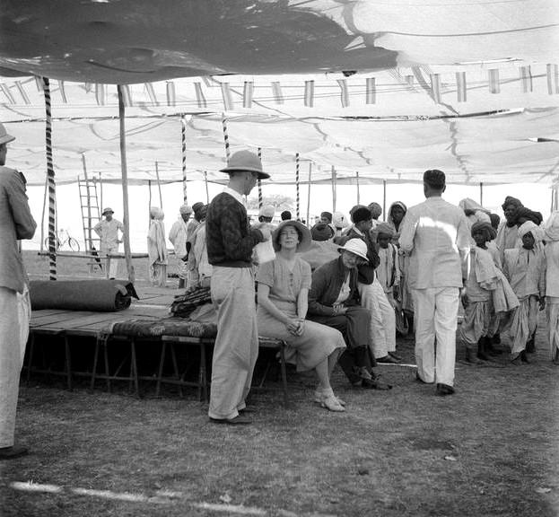 MSI Collection - 1937- Nasik, India  ; Sam Cohen (centre), Jean Adriel & Ruano (white hat)