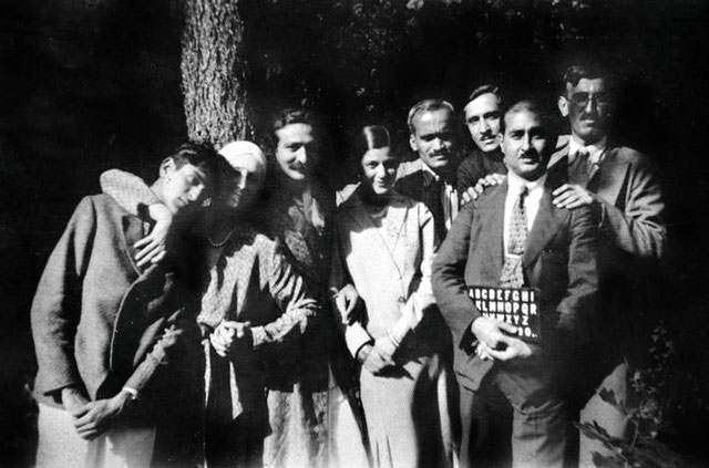 24 May 1932 : ( L-R ) Adi Jrn, Norina Matchabelli, Meher Baba, Anita de Caro, Ghani Munsiff, Beheram Irani, Kaka Baria and Chanji Dadachanji