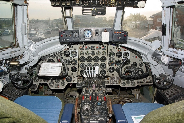 Cockpit of the Vickers Viscount