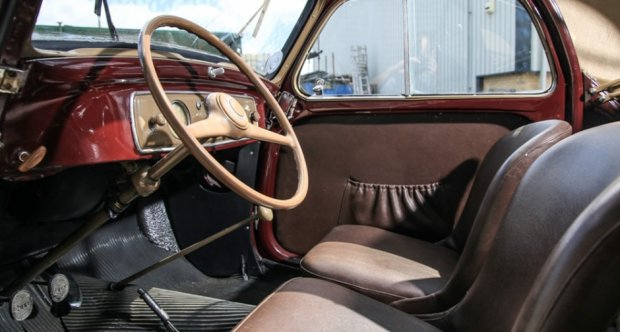 Example of a 1950 Fiat Topolino interior
