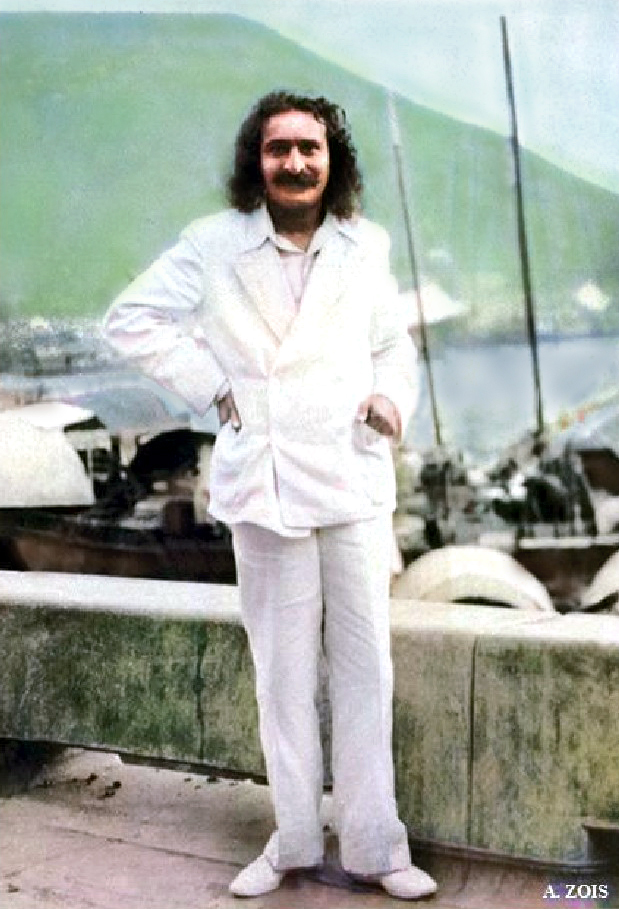 June 1932 ; Meher Baba beside Xuanwu Lake & the Purple Mountain, Nanking, China       ( cropped image by A. Zois )