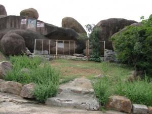 Manonash Caves
