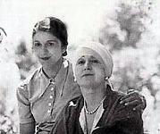 Anita (L) & Norina (R)