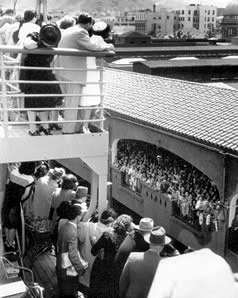 SS Monterey arriving in Honolulu, Hawaii.