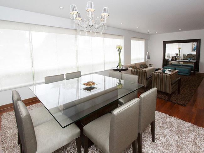 Las medidas perfectas para tu sala comedor www for Comedores modernos para 4 personas