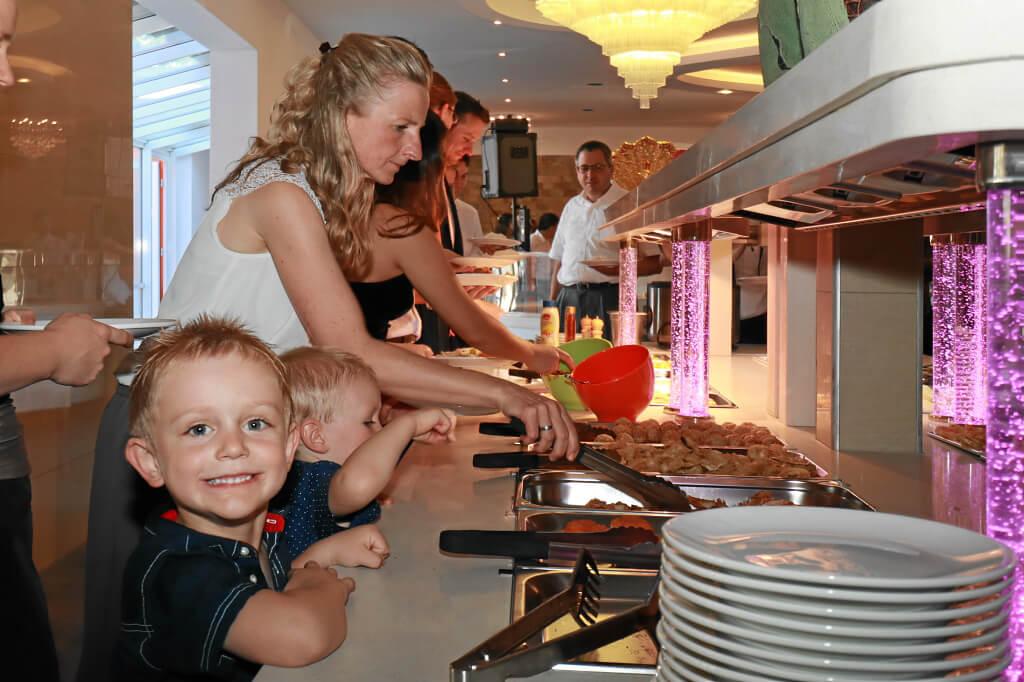 Buffet, ideal auch für Kinder