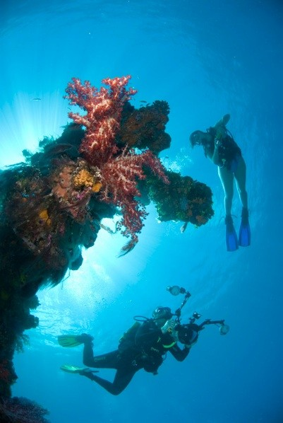 Mark & Eugenie in Truk Lagoon - Photo courtesy of Martin Edge