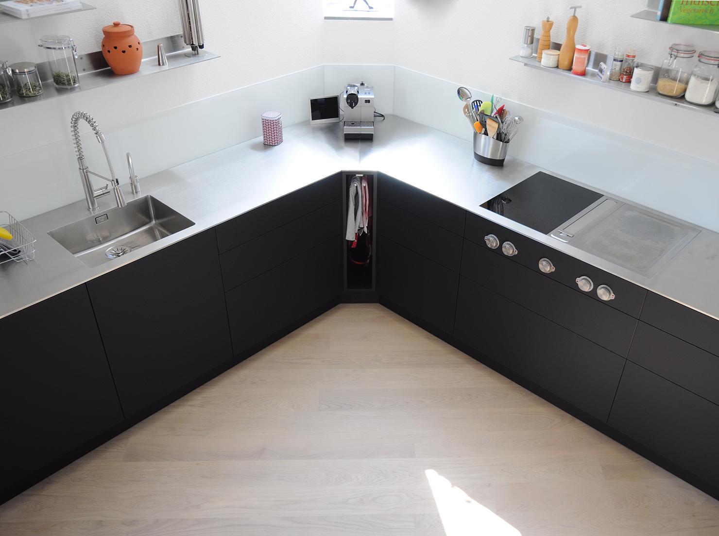 Küchen - WIPF+CO.AG Der Küchen SCHREINER - Wipf + CO. AG