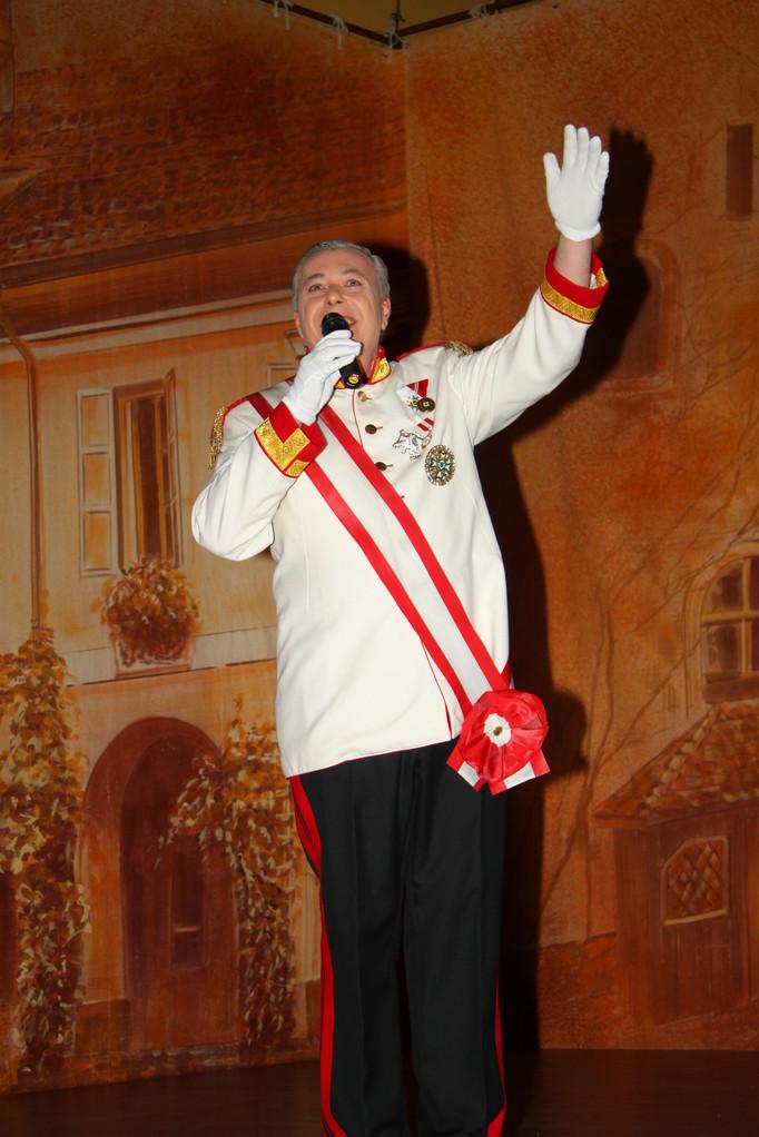Der Kaiser mit seinem Eröffnungslied