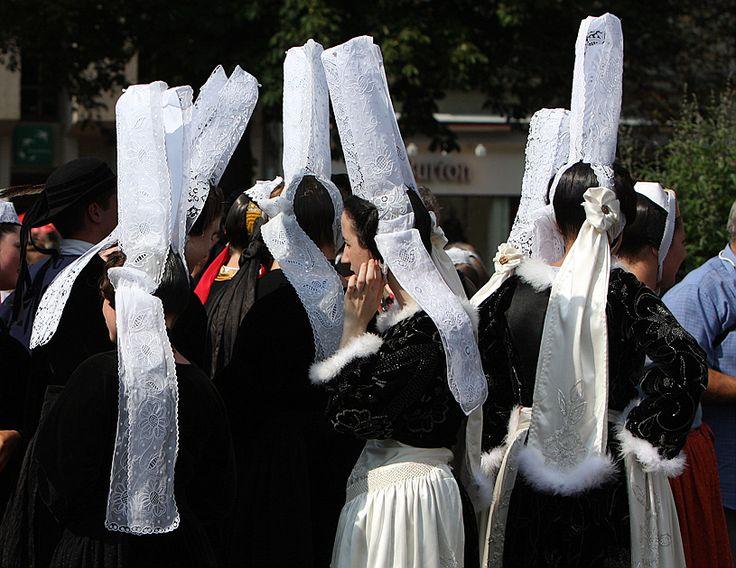 Bigoudènes au festival des Brodeuses