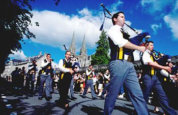 Le festival de Cornouaille : tous les ans fin juillet