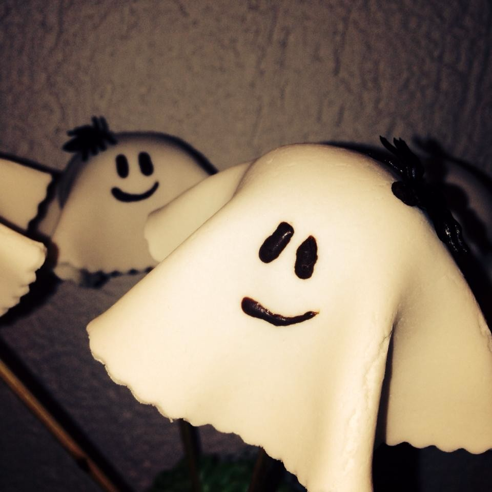 Buhuuuuu....(Cakepop-Gespenster)