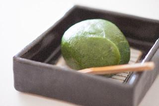 三味線の音色を聞きながら自家製のスイーツが食べられる「カフェ&ギャラリー三味」
