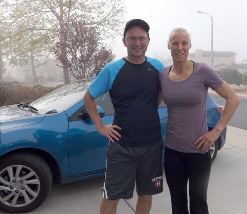 Mit Personal Trainerin Anette Fleming, Ex-Weltmeisterin im Siebenkampf, an einem frühen Morgen in Santa Barbara, Kalifornien