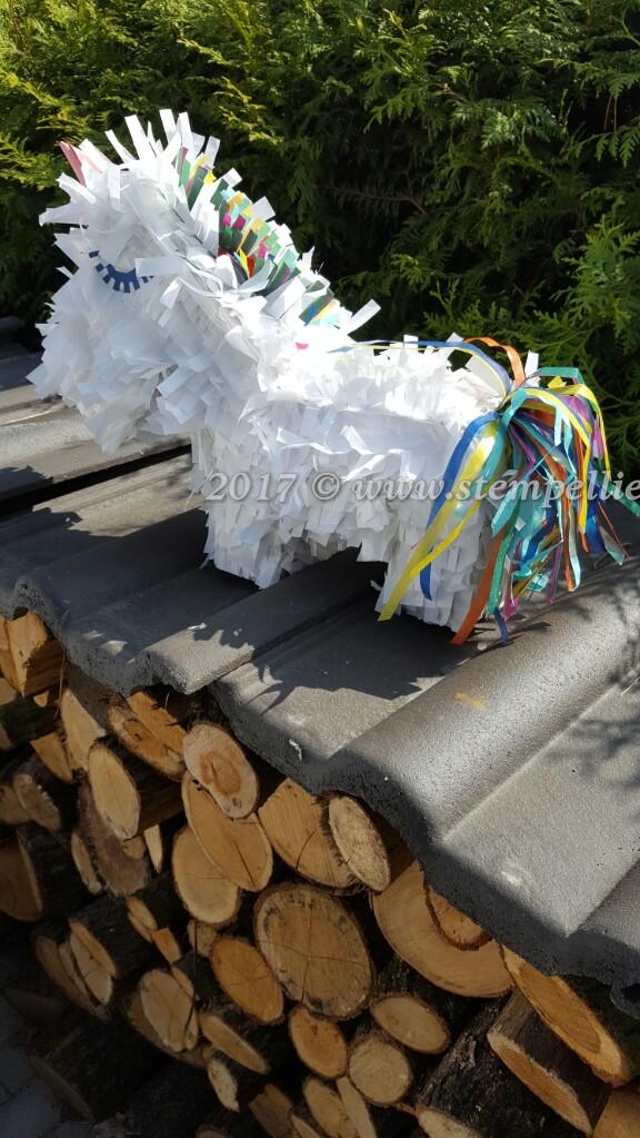 Pinata # Klopfer Party # Bastelanleitung # Basteln mit Papier # stempelliese.com