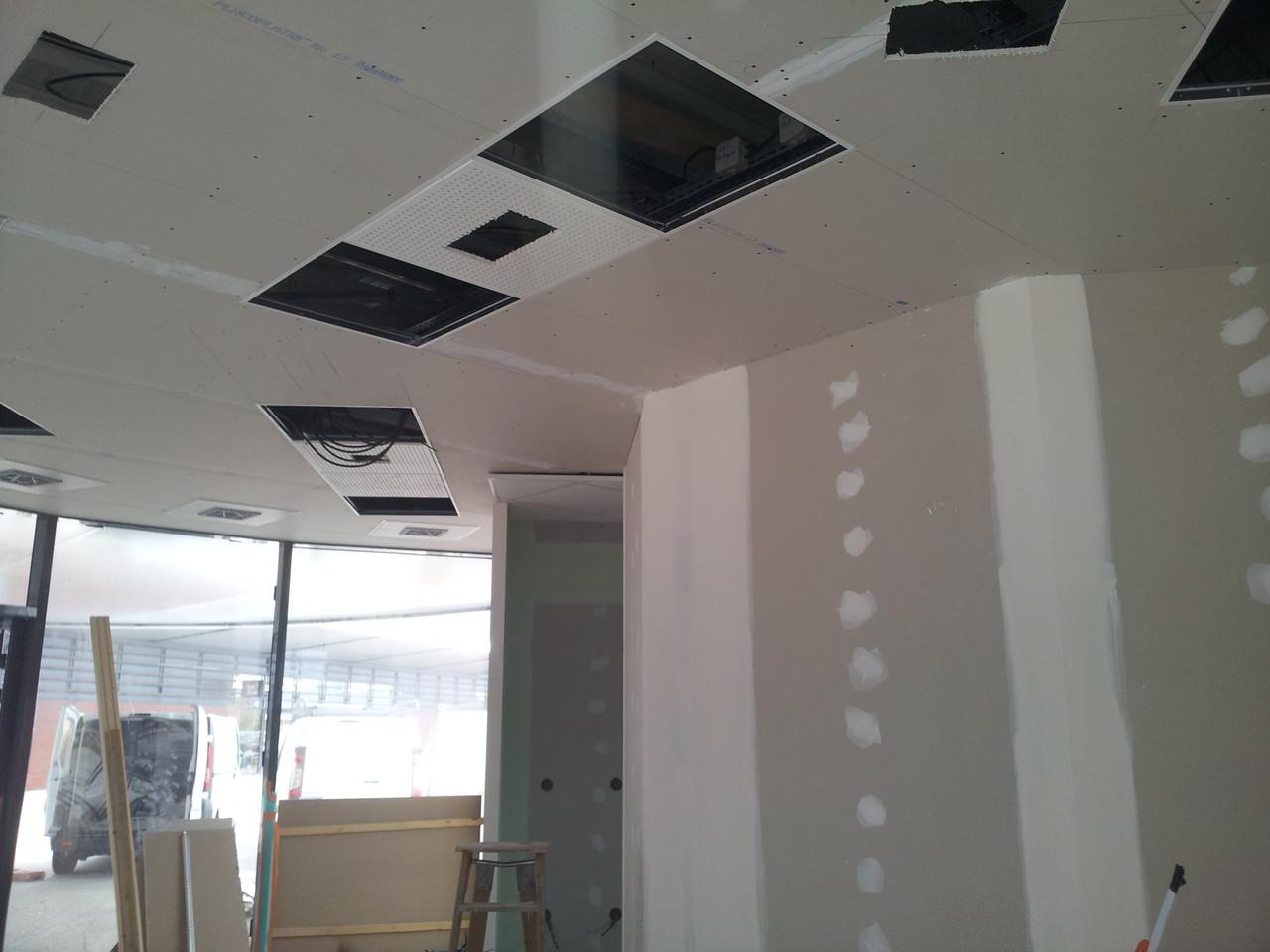 incrustation de plafond démontable dans plafond placo