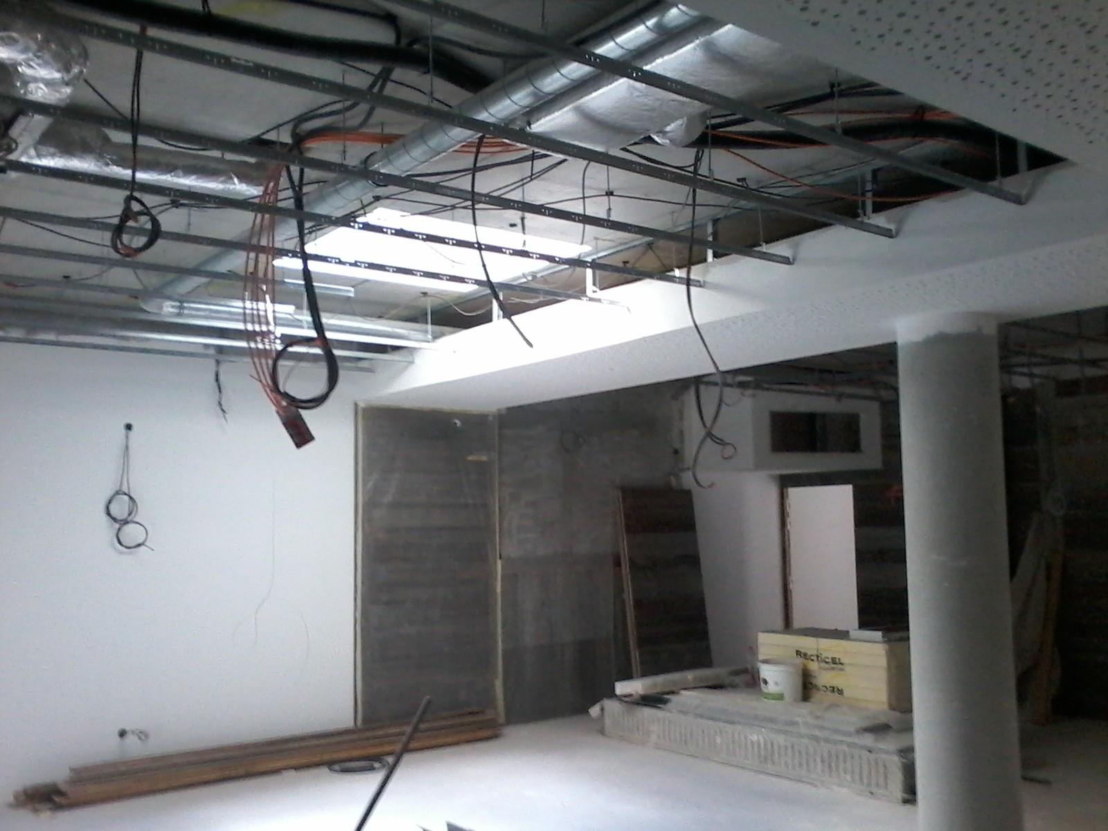 plafond bois décoratif avant