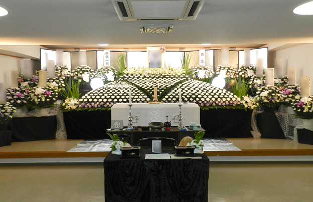 2Fホール内祭壇イメージ