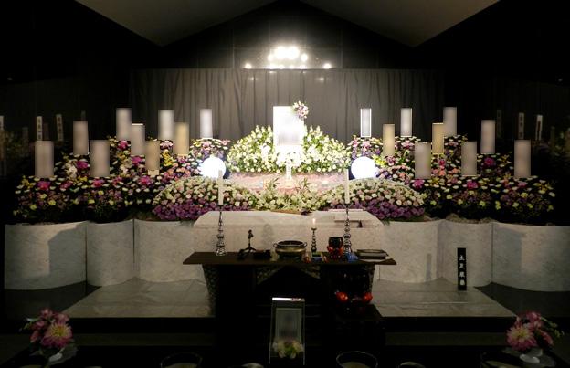 大式場(紫雲)ホール内祭壇イメージ