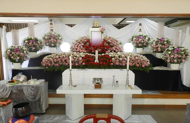 ホール内祭壇イメージ①