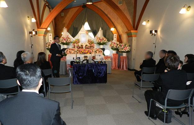 B式場ホール内・祭壇イメージ
