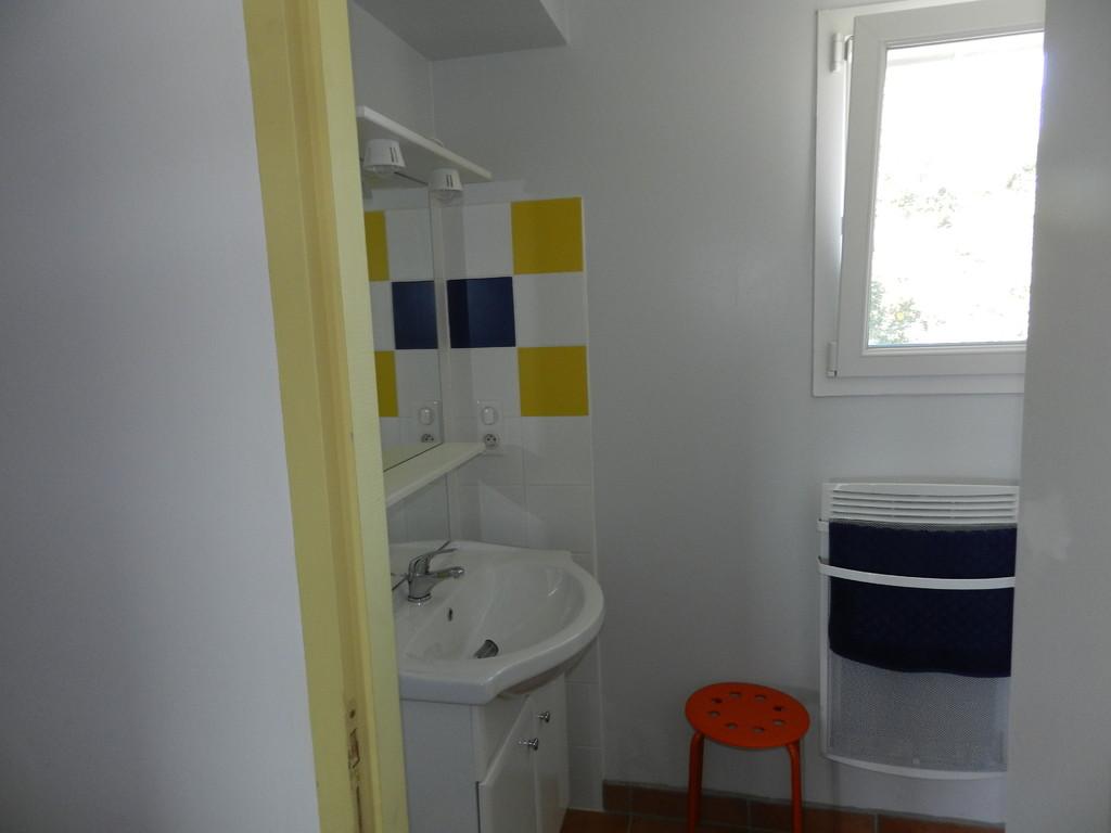 Etage Ch 2 lavabo