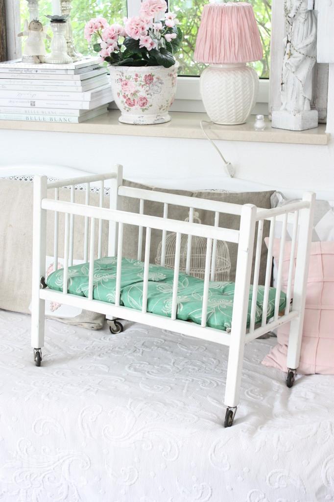vintage shabby chic qunst qrempel shabby chic geschenkideen f r haus und garten. Black Bedroom Furniture Sets. Home Design Ideas