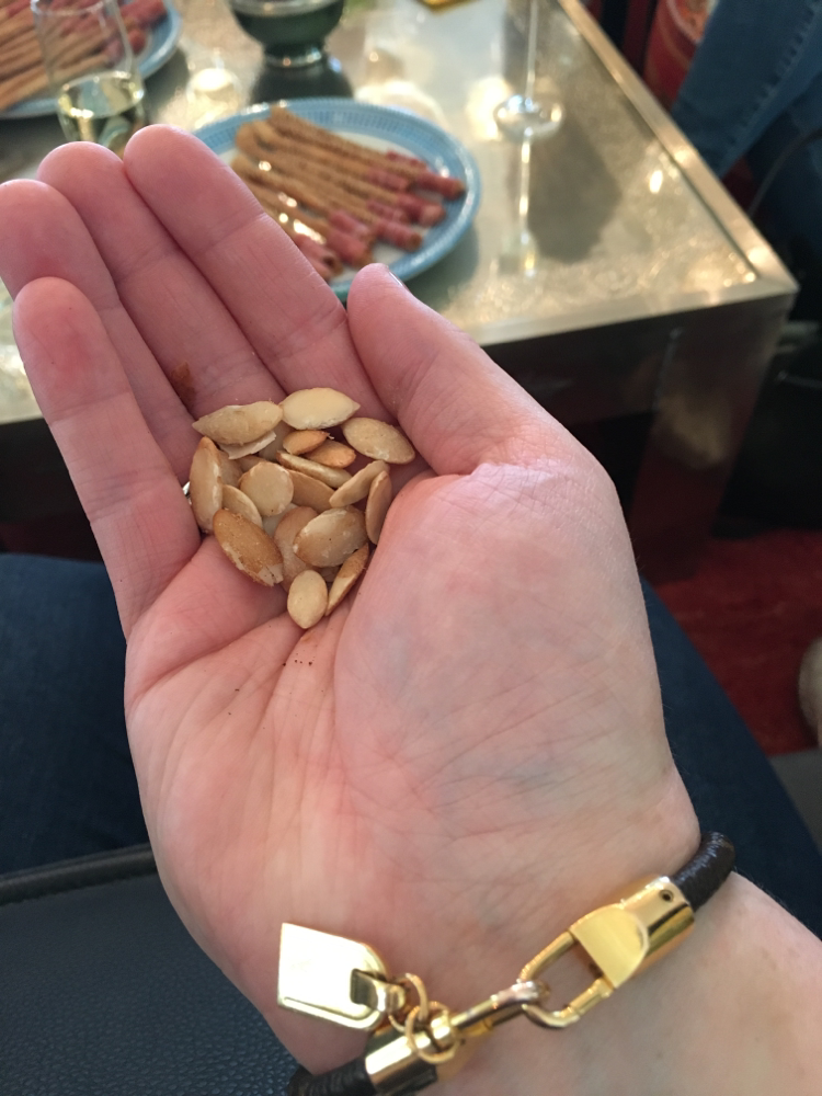 Geschälte Nüsse vom Arganbaum