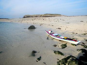 La plage entre les deux îlets de Litiri