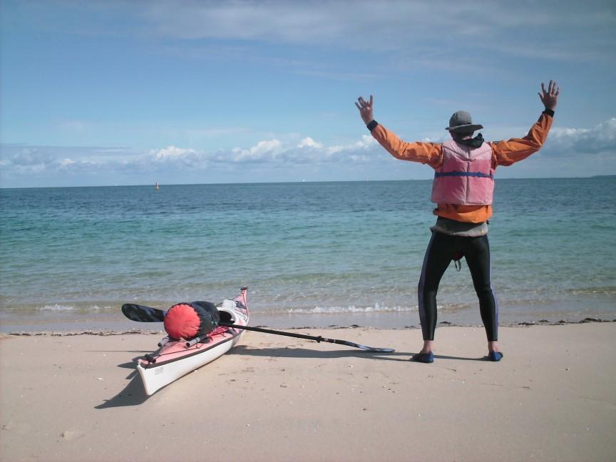 Etirement avant le départ de plage de Houedic