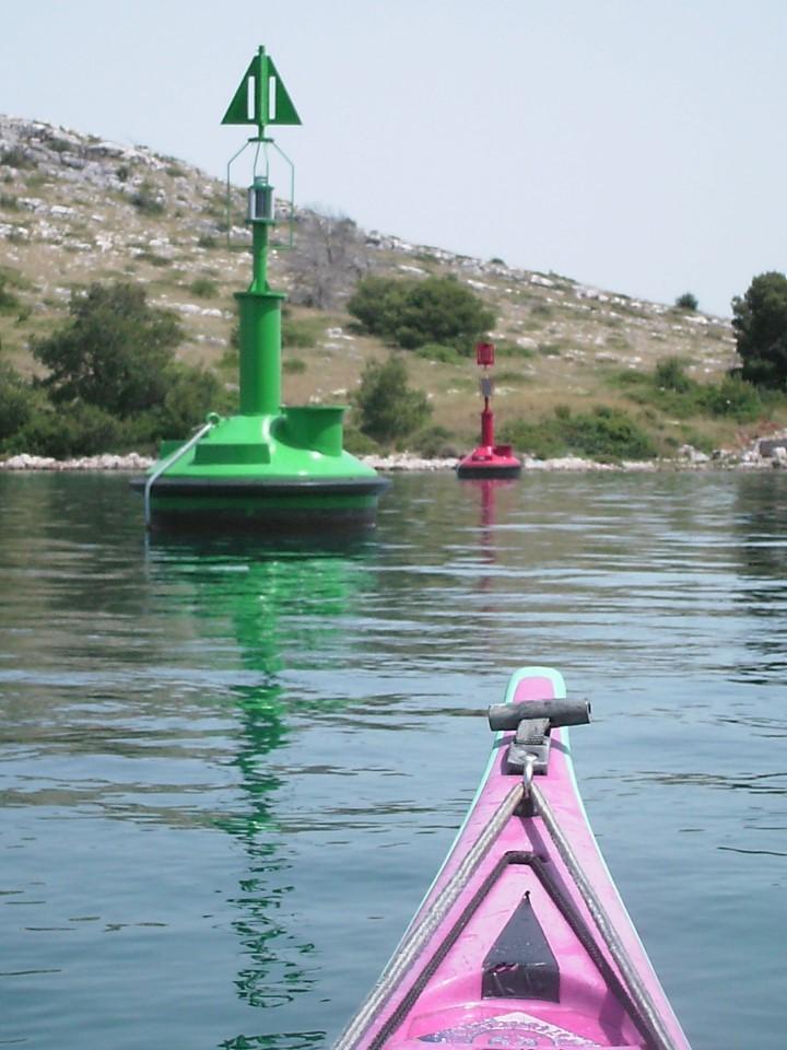 Le chenal qui traverse l'archipel pour les bateaux de pêche