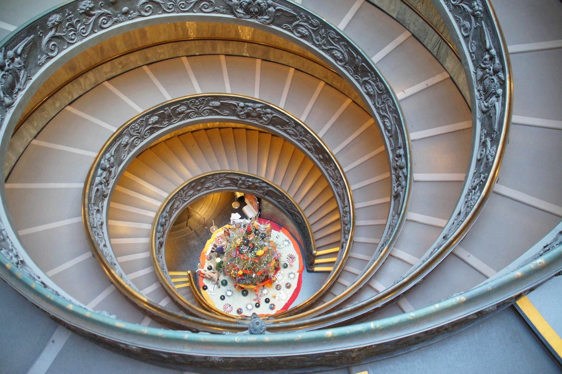 Bramanantes doppelläufige Spiraltreppe in den Vatikanischen Museen