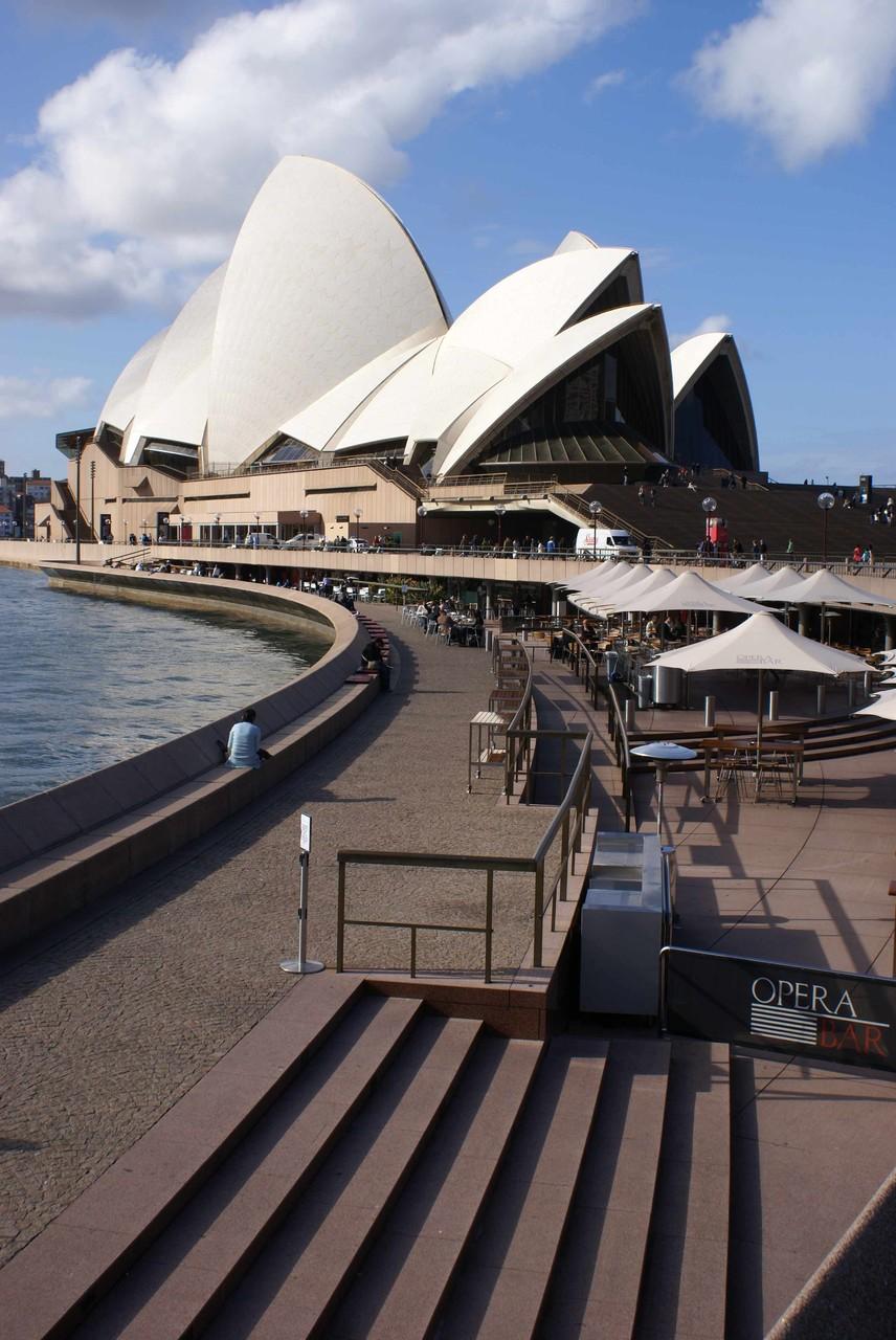 Die Oper von Sydney liegt unter dem Wasserspiegel