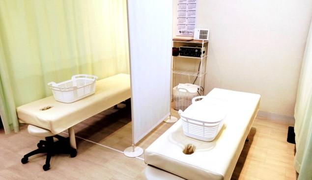 きしざわ接骨院のベッドスペースの画像