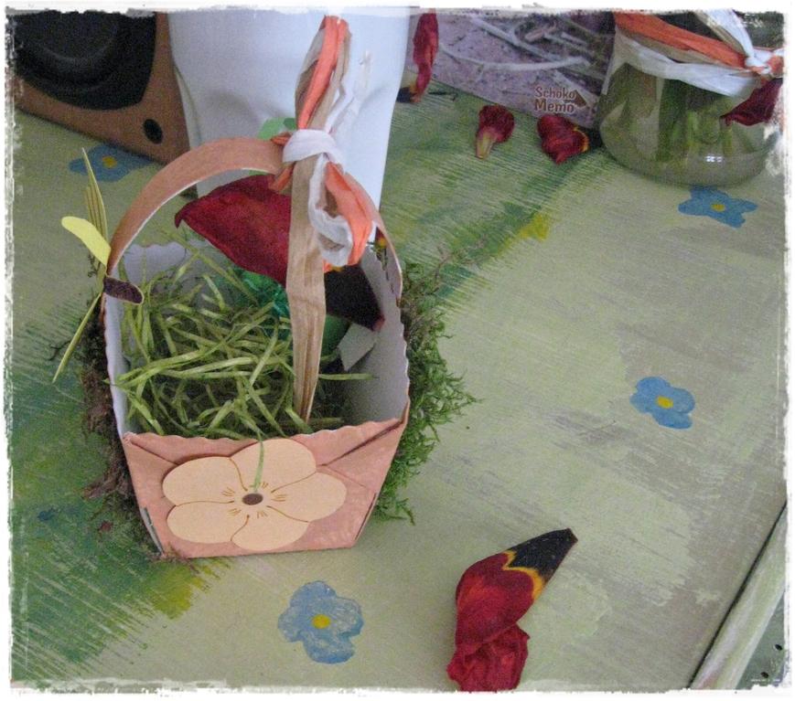 ein simples Holzregal wird zum Lieblingsteil im Kinderzimmer