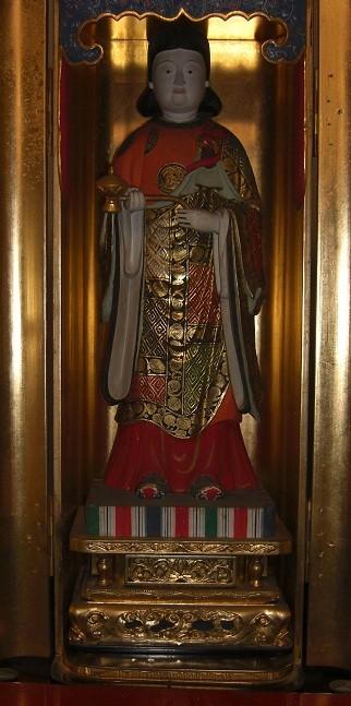 厨子内 麻布善福寺逆さイチョウの「乳」で作った聖徳太子像